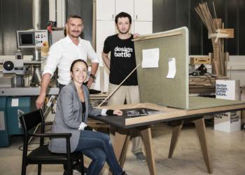 Das Siegerteam des Design Battles 2021 mit dem Siegerdesign Tisch